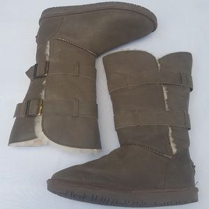 Womens Bearpaw Boots (10) Green Suede Very Nice!